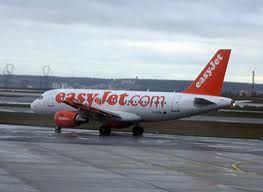 Easyjet threatens French strike