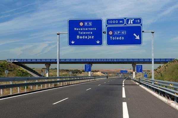Madrid scraps plan for toll roads