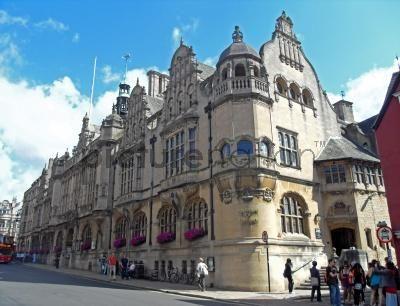 Oxford opens its doors