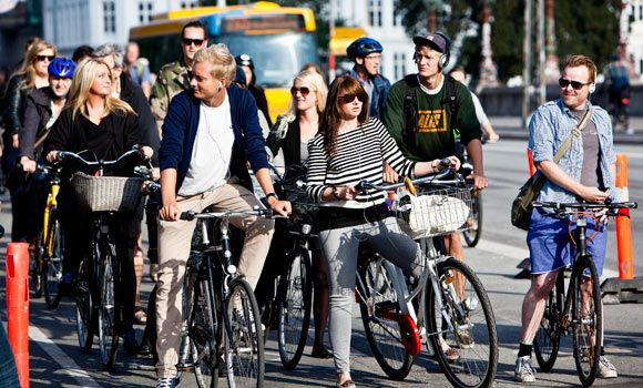 Copenhagen needs more bicycle racks