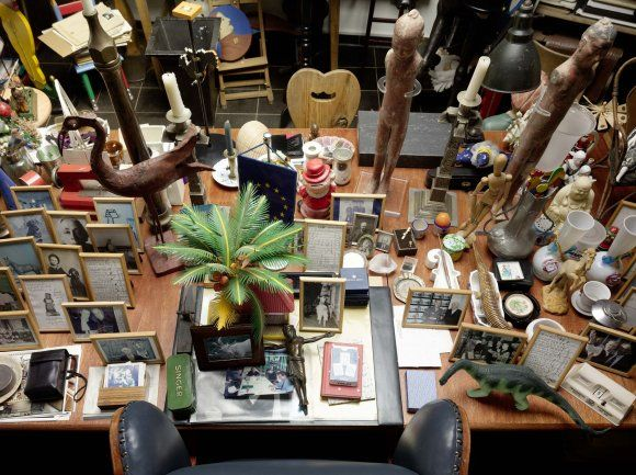 The order of time and things. The home studio of Hanne Darboven