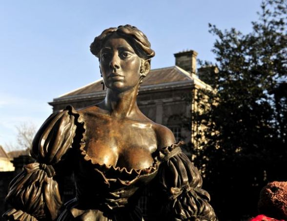 Dublin's Molly Malone gets a makeover
