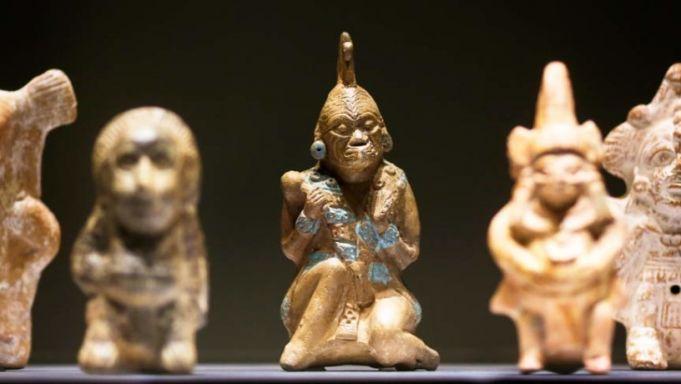 The Maya. Language of Beauty