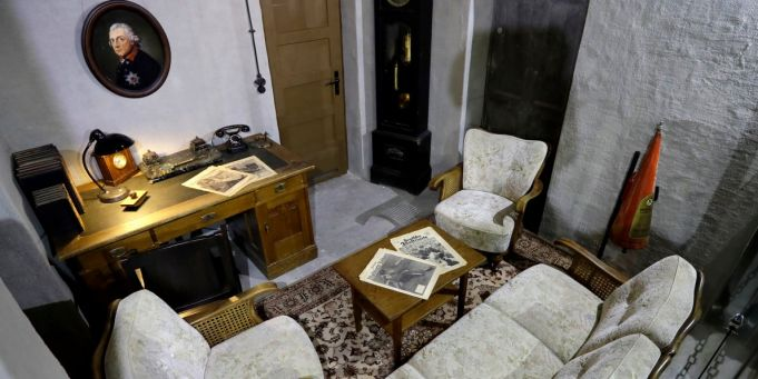 Hitler bunker exhibit causes controversy in Berlin