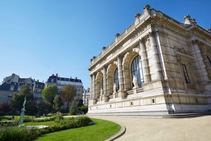Unlucky exhibitions in Paris