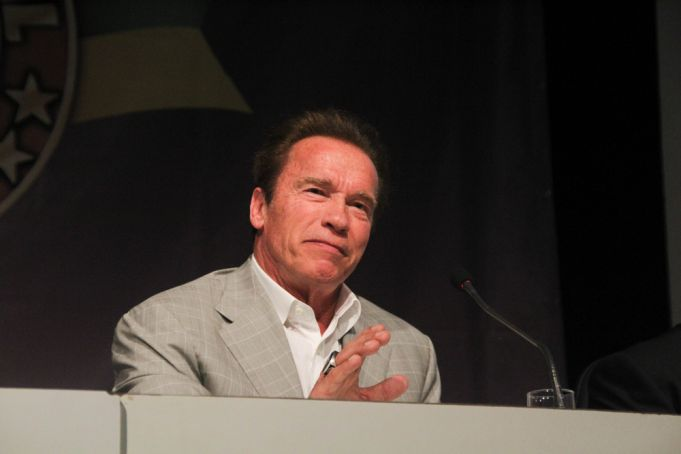 Arnold Schwarzenegger joins the campaign for a careful reopening of Hungarian Gyms