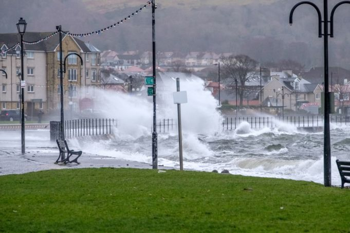 Storm Bella in Scotland as Met Office issues Yellow Warning