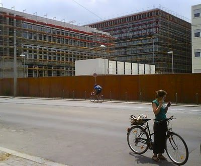 Berlin's intelligence headquarters delayed - image 1