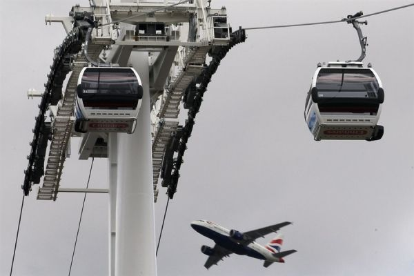 London's first cable car ready for Olympics - image 3