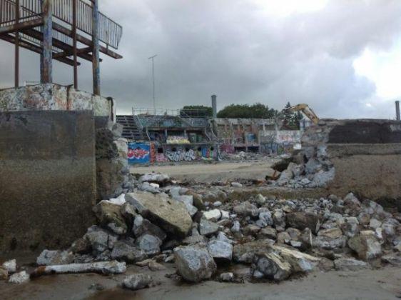 Dublin's Blackrock baths demolished - image 1