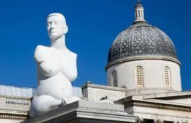 Blue cock in Trafalgar Square - image 3