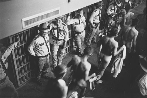 Danny Lyon: Conversations with the Dead - image 4