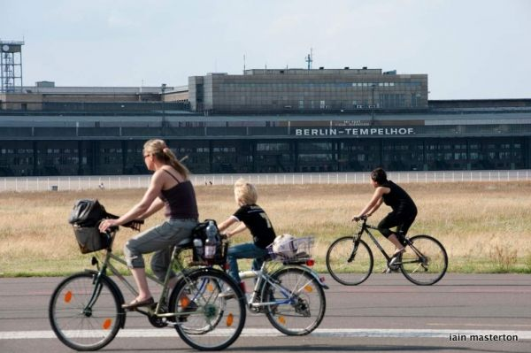 Berliners to be consulted on Tempelhof plans - image 3