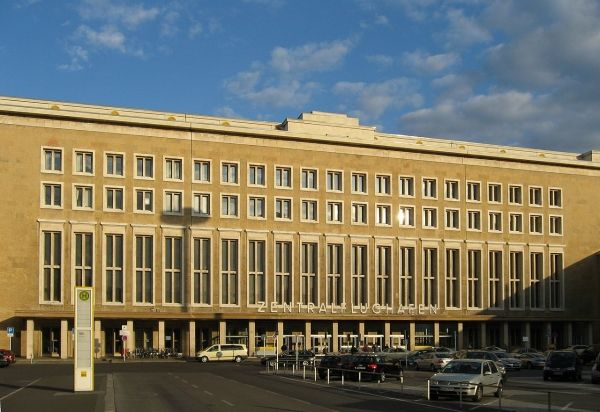 Berliners to be consulted on Tempelhof plans - image 1