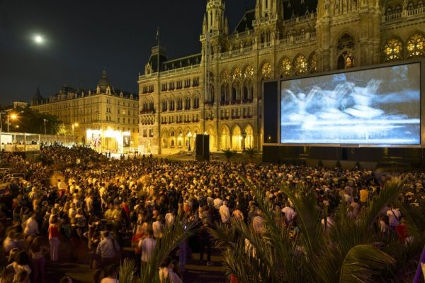 Music Film Festival at the Rathausplatz - image 3