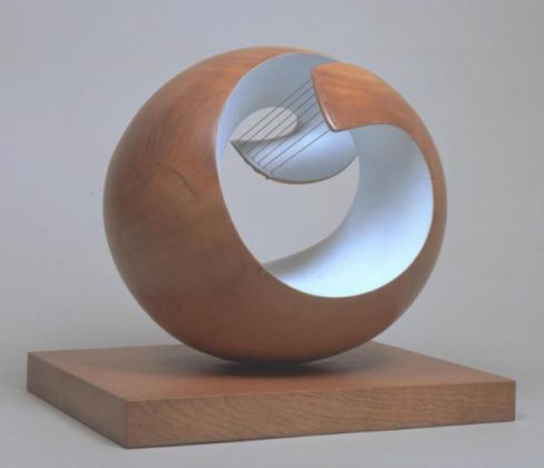 Barbara Hepworth: Sculpture for a Modern World - image 3