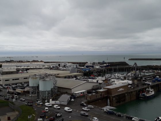 UK and France send patrol boats to Jersey amid fishing row - image 4