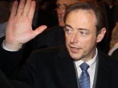 Flemish separatists make gains in Belgium local elections
