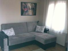 A room for nonsmoker and foreigner female flatmate in Sisli