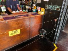 UK pub uses electric fence to enforce social distancing