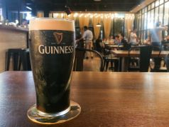 Four Irishmen buy a plane ticket just to have a beer at the airport