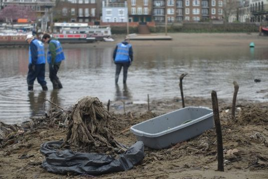 Wet wipes clog London's river Thames