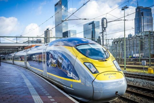 How to get from Amsterdam to London by train