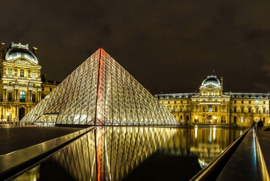 Paris reopens Louvre after covid-19 lockdown