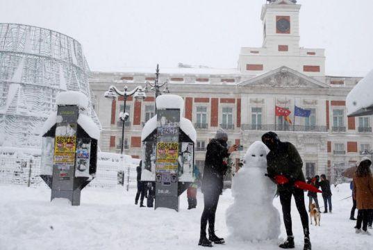 Storm Filomena: Spain smashes snowfall records after historic blizzard