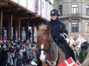 Copenhagen police dismount