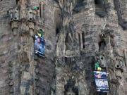Greenpeace activists scale the Sagrada Familia in protest
