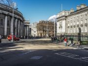 Traffic to be reduced in Dublin's College Green