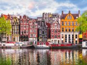 Amsterdam bans Airbnb rentals to tourists