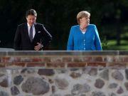 Chancellor Merkel praises 'extraordinary Italian discipline'
