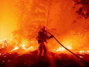 Smoke from US wildfires reaches Europe